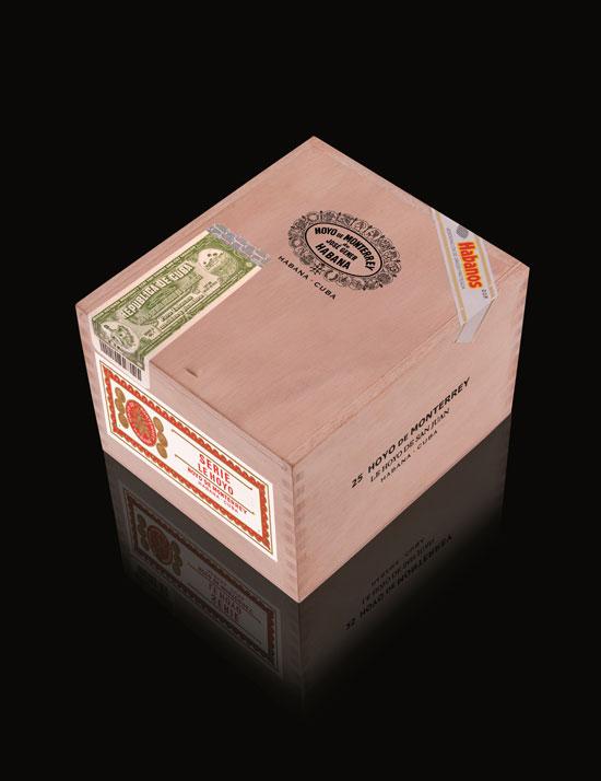 3-Hoyo-de-Monterrey-Le-Hoyo-de-San-Juan-Caja-25-units-Box